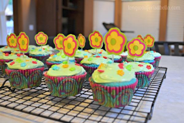 blue velvet flower cupcakes