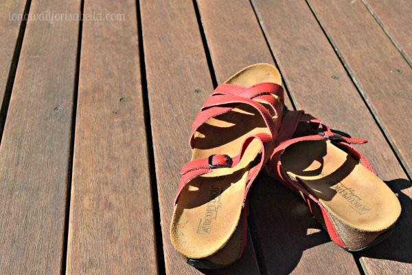 10 Tips for Finding the Perfect Travel Shoe