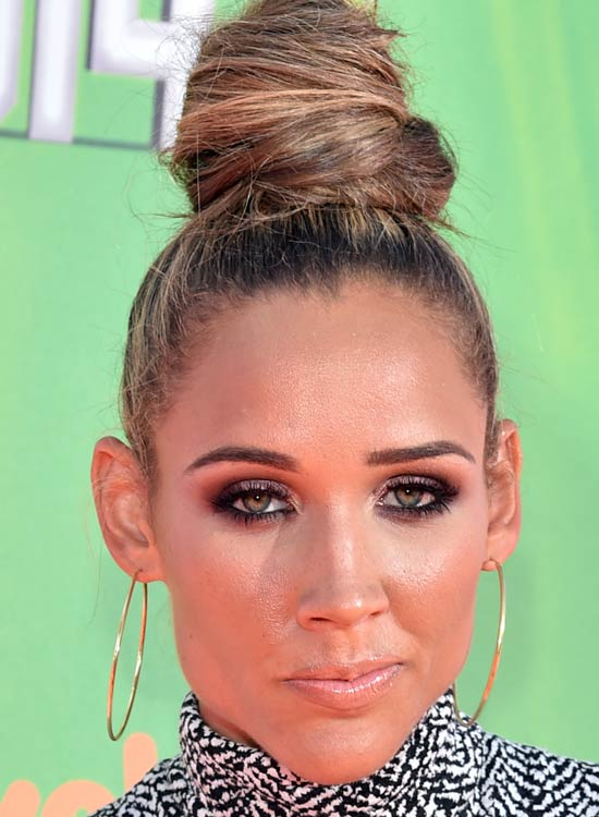 High-Topknot-with-Slight-Messy-Finish