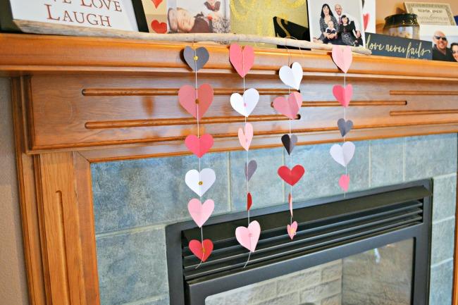 Hanging Hearts Valentines Decor