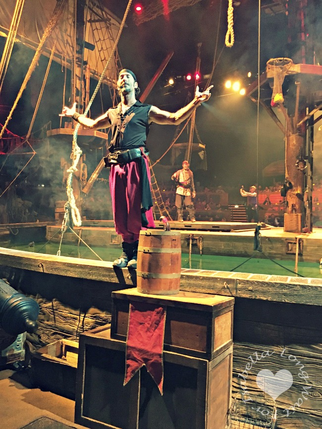 Red Pirate Cast Member