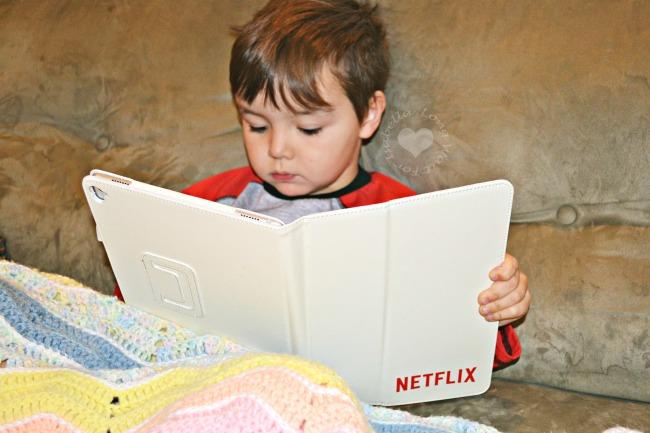 watching-netflix-in-pajamas