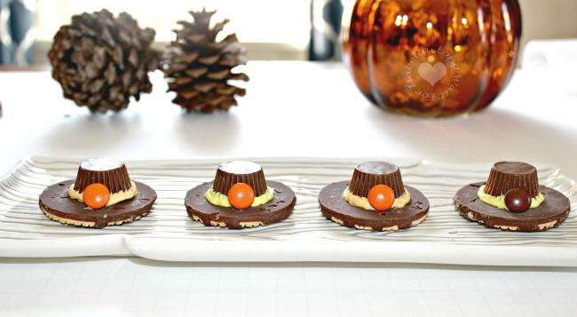 candy-thanksgiving-pilgrim-hats