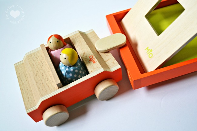 mio-wooden-toys-for-kids