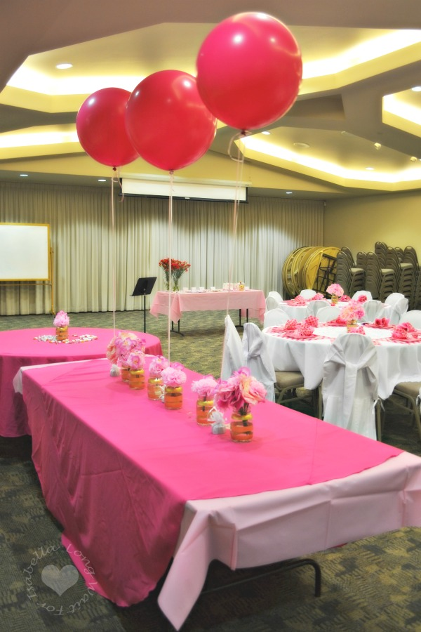 pink-party-food-table