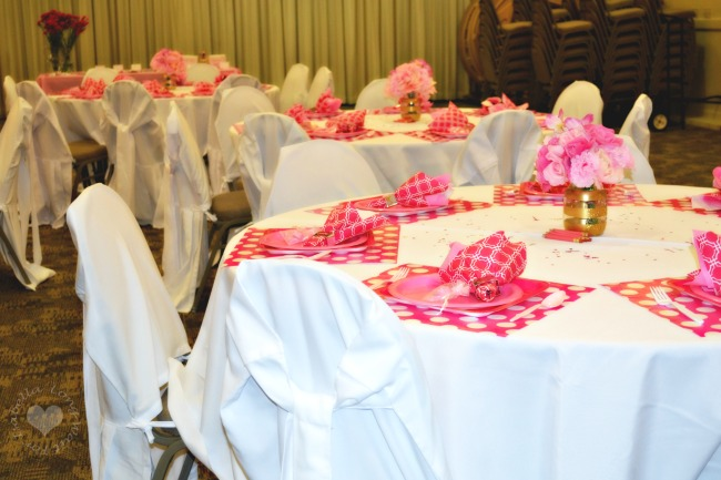 pink-party-tables